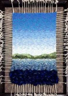 weaving - Martina Celerin fiber art: 70 degrees and summer . Dimensional weaving - Martina Celerin fiber art: 70 degrees and summer . Weaving Loom Diy, Pin Weaving, Weaving Art, Tapestry Weaving, Fabric Panel Quilts, Fabric Art, Bedroom Crafts, Weaving Wall Hanging, Weaving Textiles