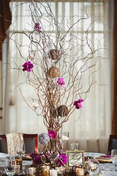 Natural Curly Willow Branches Branches) save on crafts Willow Branch Centerpiece, Curly Willow Centerpieces, Fall Wedding Centerpieces, Diy Centerpieces, Wedding Decorations, Decor Wedding, Willow Branches, Tree Branches, Willow Tree