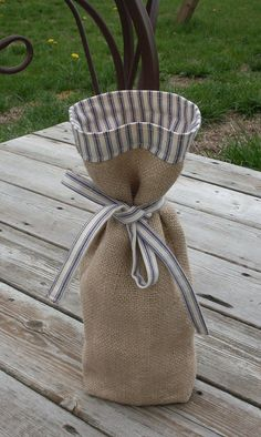 Items similar to Burlap Wine Gift Bag on Etsy Wine Bottle Gift, Wine Bottle Covers, Wine Bottle Crafts, Wine Gifts, Bottle Bag, Burlap Projects, Burlap Crafts, Sewing Projects, Burlap Bags