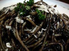 Not a Chef, but I can Cook!: Black Spaghetti aka Spaghetti In Squid Ink Sauce