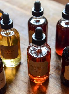 Homemade Cocktail Bitters: Cherry Vanilla, Chocolate, Grapefruit & Strawberry Ginger I howsweeteats.com