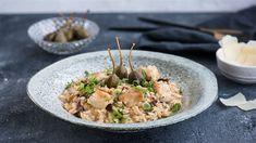 Namiešajte si vyvážené rizoto s morčacím mäsom, sušenými pardajkami a kaparami podľa Marcela. Risotto, Ethnic Recipes, Food, Alcohol, Essen, Meals, Yemek, Eten