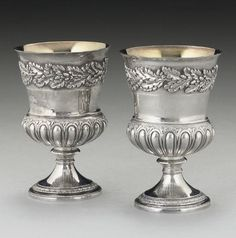 A PAIR OF GEORGE III SILVER GOBLETS, MARK OF EMES & BARNARD, LONDON, 1815,