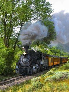The Durango & Silverton Narrow Gauge Railroad, via   http://scenic-views.blogspot.com