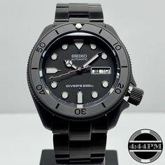 Seiko Men's Flight Alarm Chronograph Watch – Fine Jewelry & Collectibles Seiko Skx, Seiko Watches, Seiko 5 Automatic, Automatic Watch, Dream Watches, Luxury Watches, Seiko Diver, Black Boys, Accessories