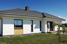 Dom w bodziszkach Bungalow House Design, My House, Garage Doors, Landscape, Outdoor Decor, Houses, Home Decor, Home Layouts, Tejidos