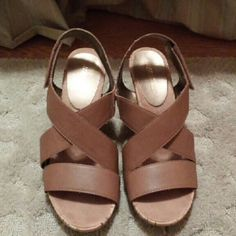 *Final Sell Price* Aerosoles Heels In very good condition, nice suede soft sole for comfort, 3 1/2 in heels and velcro fasteners. AEROSOLES Shoes Heels
