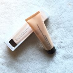 PM PICK NWT Becca Shimmering Skin Perfector NWT Becca Moonstone Shimmering Skin Perfector- 20 ml product and sealed. NO TRADES BECCA Makeup Luminizer
