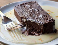 Terrine de chocolat facile au thermomix. voici une recette de Terrine de chocolat, facile et simple a réaliser chez vous avec le thermomix.
