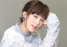 小学生時代から「鋼の錬金術師」ファンだったという本田翼。今回の実写映画ではそのヒロインであるウィンリィを演じているが、どのような思いを抱きながら演じたのか率直な思いを語った。 Japanese Models, Japanese Girl, Tsubasa Honda, Asian Beauty, Actors & Actresses, Cute Girls, Celebrities, Hair, Beautiful