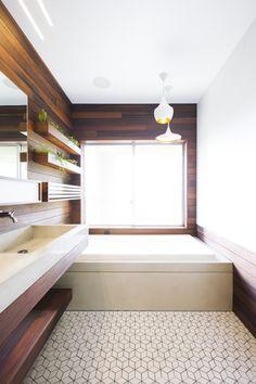 Bathroom_FranconiaHouse-3 copy
