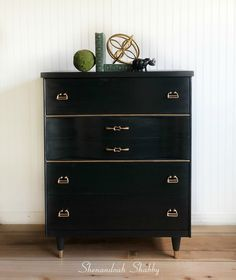 Black and gold mid century modern dresser, chest of drawers. Painted in Annie Sloan Graphite, sealed with black wax. Painted Furniture, Diy Furniture, Annie Sloan Graphite, Mid Century Modern Dresser, Chest Of Drawers, Mid-century Modern, Shabby, Wax, Home Decor