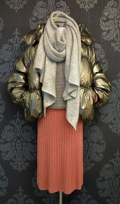 Lässige Winterjacke im Metallic-Look von Wiya Overall Jumpsuit, Metallic Look, Longsleeve, Girls, Fall, Bermudas, Sequin Shirt, Green Flowers, Occasion Dresses