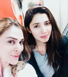 Our favourite girls take a quick Selfie exclusively for Hello! Mahira Khan with her Fan Selfie! #Beautiful #Lovely #Cutest #PrettyGirls ✨