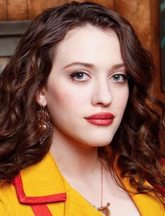 Kat Dennings_Max_2 Broke Girls