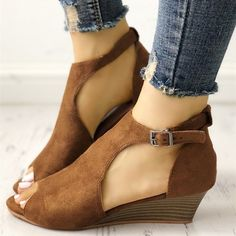 f5344465e469 Brown T Strap Peep Toe Wedge Sandals Vintage Shoes for Women