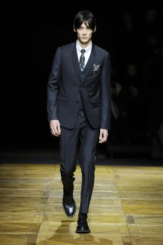 Winter / Collections and fashion shows / Man / Dior official website
