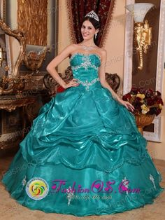 http://www.fashionor.com/Quinceanera-Dresses-For-Spring-2013-c-27.html   Embellished quinceaneras gowns on Twelfth Night   Embellished quinceaneras gowns on Twelfth Night   Embellished quinceaneras gowns on Twelfth Night
