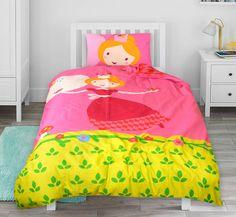 Roze kinderdekbedovertrek met schattige print van een lieve prinses. De prinses lacht je toe op dit vrolijk gekleurde dekbedovertrek! Comforters, Blanket, Creature Comforts, Blankets, Carpet, Duvet, Bed Covers, Quilt
