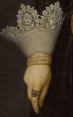 Portrait of Catherine Fourmenois by Salomon Mesdach, 1619 Historical Costume, Historical Clothing, Tudor Homes, Lace Painting, Renaissance Jewelry, Renaissance Paintings, Lacemaking, Antique Clothing, Detail Art