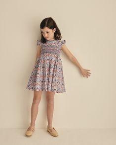 Vintage Dresses, Ideias Fashion, High Neck Dress, Summer Dresses, Classic, Girls, Style, Turtleneck Dress, Block Prints