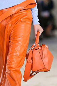 Loewe Spring 2015 Ready-to-Wear - Details - Gallery - Look 3 - Style.com