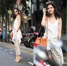 Adriana G. - Easy breezy layers