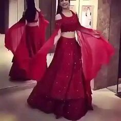 Fancy Dress Design, Stylish Dress Designs, Designs For Dresses, Indian Gowns Dresses, Indian Fashion Dresses, Dress Indian Style, Indian Bridal Outfits, Indian Bridal Fashion, Wedding Dresses For Girls