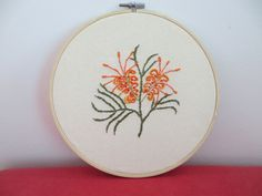 Embroidery Flowers Pattern, Hand Embroidery Stitches, Embroidery Hoop Art, Embroidery Ideas, Flower Patterns, Creative Crafts, Diy Crafts, Australian Native Flowers, Embroidered Gifts