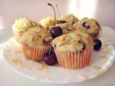 Třešňové muffiny s mandlemi | Veganotic