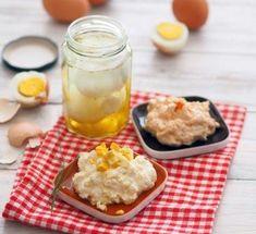 Eingelegte Eier » Kochrezepte von Kochen & Küche Pudding, Desserts, Food, Recipes With Eggs, Pickling, Easy Meals, Chef Recipes, Food Food, Tailgate Desserts