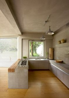34 examples of luxury kitchen design to inspire you 00024 Luxury Kitchens Design Examples inspire Kitchen Luxury Luxury Kitchen Design, Interior Design Kitchen, Dirty Kitchen Design, Minimal Kitchen Design, Chalet Modern, Minimalist Home, Cheap Home Decor, Home Kitchens, Luxury Kitchens