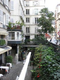 La Petite Cour, Rue Mabillon