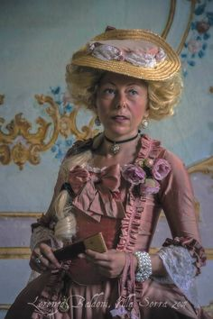 #marie #antoinette #style #fashion #XVIII #century #versailles #robe #dress #hat #rococo