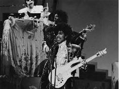 Résultat d'images pour Prince Grammys Purple Rain 1985
