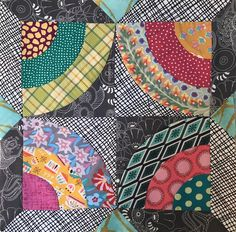 Loving these colors! Modern Quilt Blocks, Circle Quilts, Square Quilt, Scrappy Quilts, Easy Quilts, Quilting Projects, Quilting Designs, Drunkards Path Quilt, Quilt Tutorials
