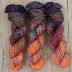 Hand dyed in a range of beautiful tonal, variegated & speckled shades. Holt is a merino singles base with a lovely sheen and just a hint of 'crinkle'. Dyeing Yarn, Art Yarn, Yarn Stash, Knitting Supplies, Sock Yarn, Hand Dyed Yarn, Knitting Yarn, Fiber Art, Amber