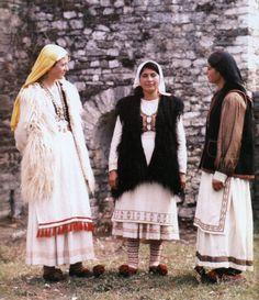 Albanian Folk Costumes - Veshje Popullore Shqiptare. Women dresses from Kurvelesh. First quarter of the XX century.