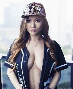 Vicki Li for Amped Asia