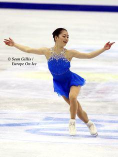 World Figure Skating Championships 2012. Beautiful dress.