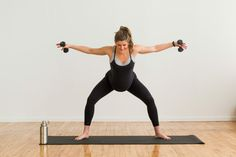This low impact beginner barre workout is for everyone; whether you have bad knees, are pregnant, postpartum, or just need a low impact, at-home workout. Ballet Barre Workout, Pilates Workout Routine, Boot Camp Workout, Toning Workouts, Workout Videos, Fitness Exercises, Back Workout At Home, At Home Workouts, Articles For Kids