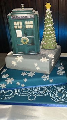 christmas doctor who cake!