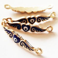 Andělská křídla srdce 37 mm - zlatomodrá