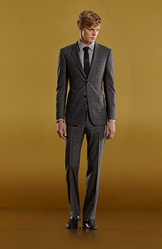 Awesome suit...sleek!