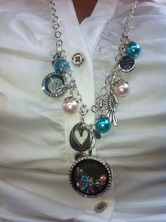 Here's a different look from Origami Owl.  brandisavant.origamiowl.com www.facebook.com/BrandiSavant31783