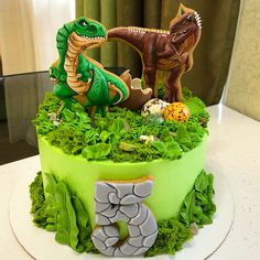 ideas for birthday cake boys dinosaur kids Dinasour Birthday Cake, Dinasour Cake, Dinosaur Birthday Party, Cake Birthday, 5th Birthday, Dinosaur Cakes For Boys, Jurassic World Cake, Dino Cake, Dinosaur Cupcake Cake