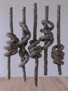 cardboard sculptures by Tracy Luff I like the spirals features Sculpture Textile, Cardboard Sculpture, Art Sculpture, Cardboard Art, Textile Art, Wall Sculptures, Art Conceptual, Sogetsu Ikebana, 3d Artwork