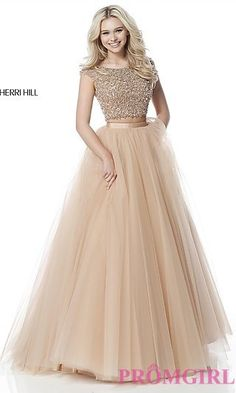 Shop short prom dresses and long prom dresses at PromGirl. Long prom gowns, short dresses for prom, prom dresses and cute prom dresses for junior and senior prom. A Line Prom Dresses, Grad Dresses, Party Wear Dresses, Bridesmaid Dresses, Dress Prom, Two Piece Evening Dresses, Two Piece Gown, Cap Dress, Indian Designer Outfits