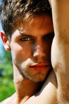 Uch! I love being gay. *drool*