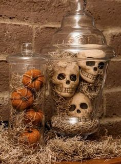 Spooky Spanish Moss Apothecary Jars are a fun and scary way to dress up your house for Halloween!